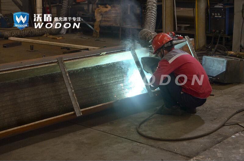 碳化铬耐磨板加工时的防护用品